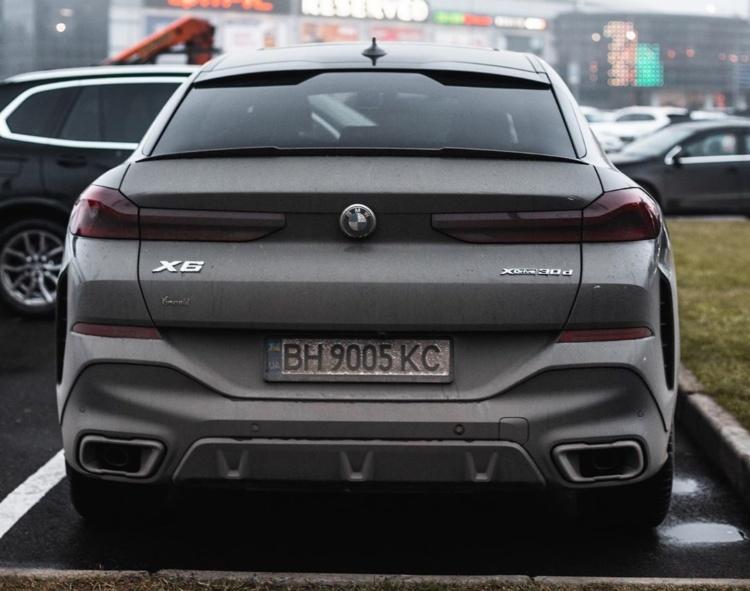В Украине засветился новейший BMW X6 1