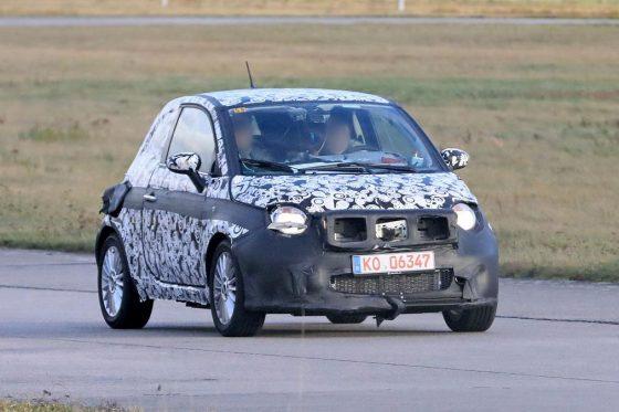 Абсолютно новый электромобиль Fiat 500 вышел на тесты 1
