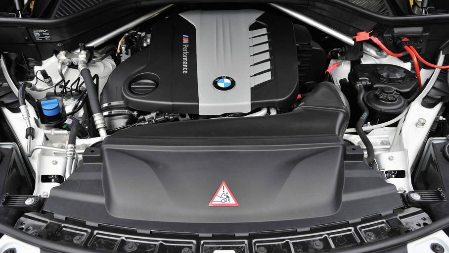 BMW откажется от мотора с четырьмя турбинами 1
