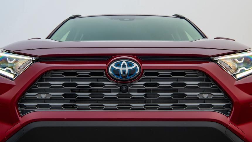 У Toyota RAV4 найден врождённый дефект 1