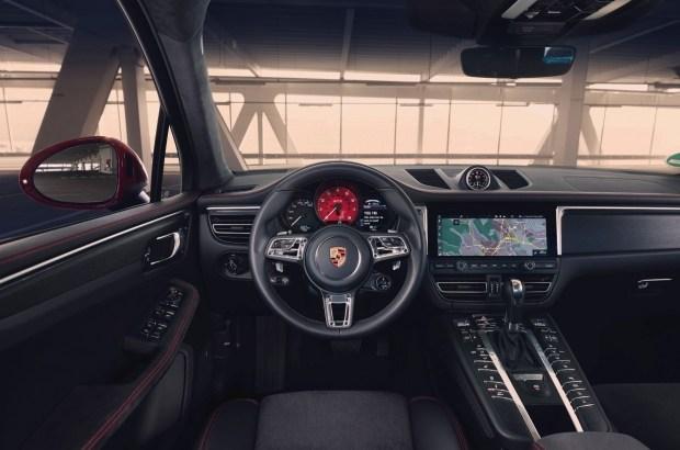 Porsche представила обновленный Macan GTS 2