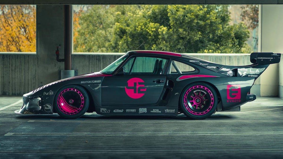 Гоночный Porsche 935 превратили в 646-сильный дорожный электромобиль 1