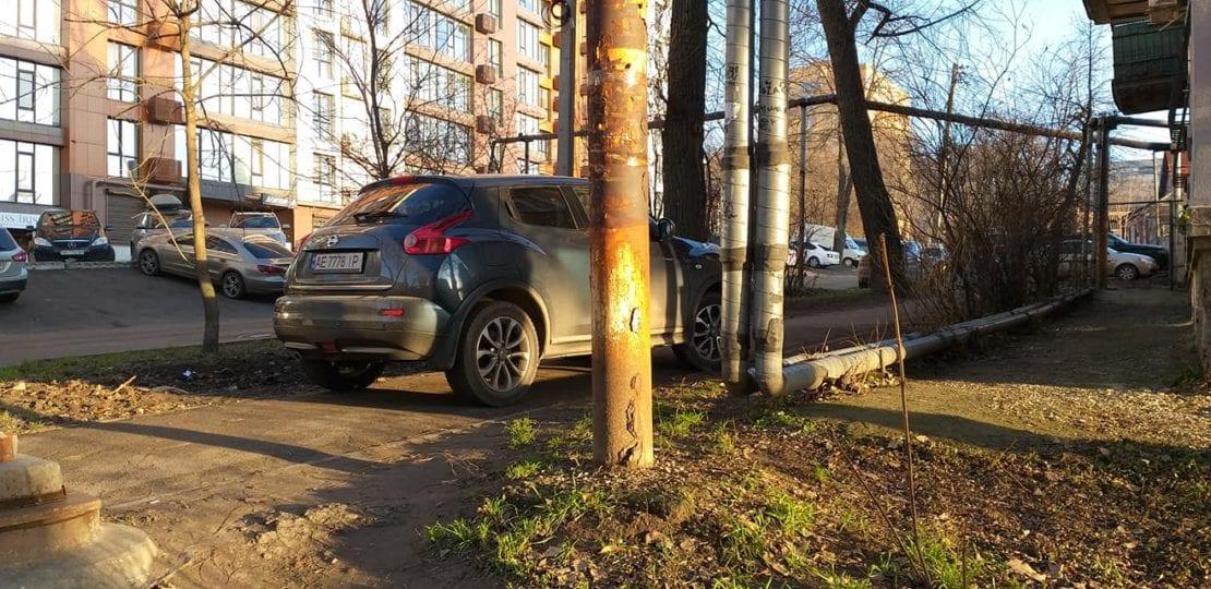 Украинский «автохам-ученик» разозлил общественность 1