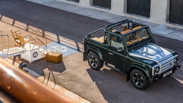 Представлен изумрудный Land Rover Defender от Overfinch 1