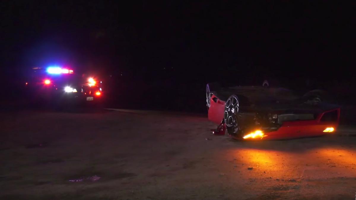 В Калифорнии на дороге нашли перевёрнутый Lamborghini 2