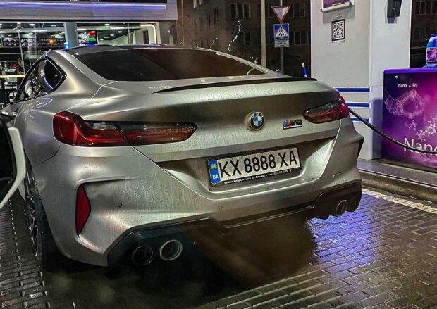 В Украине появилась еще одна топовая модель BMW 1
