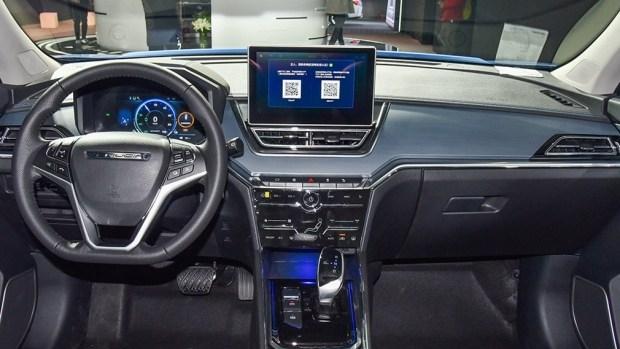 Суббренд Nissan выпустил бюджетный электрокросс c запасом хода более 400 км 4
