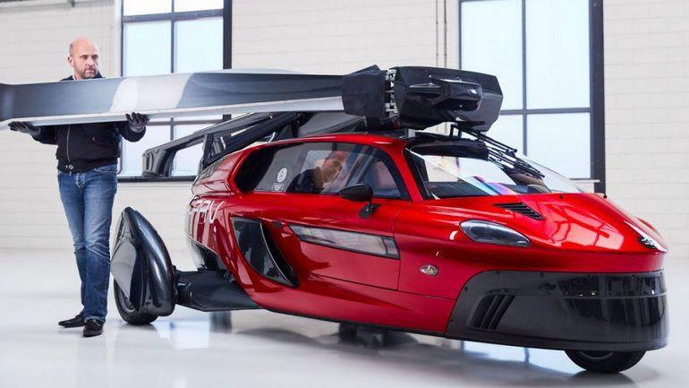 В США стартовали продажи первого в мире летающего авто 1