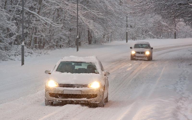 Почему в зимнее время автомобиль хуже разгоняется 1
