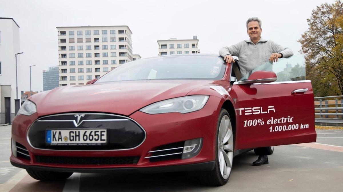 В Сети показали Tesla, которая преодолела миллион километров 2