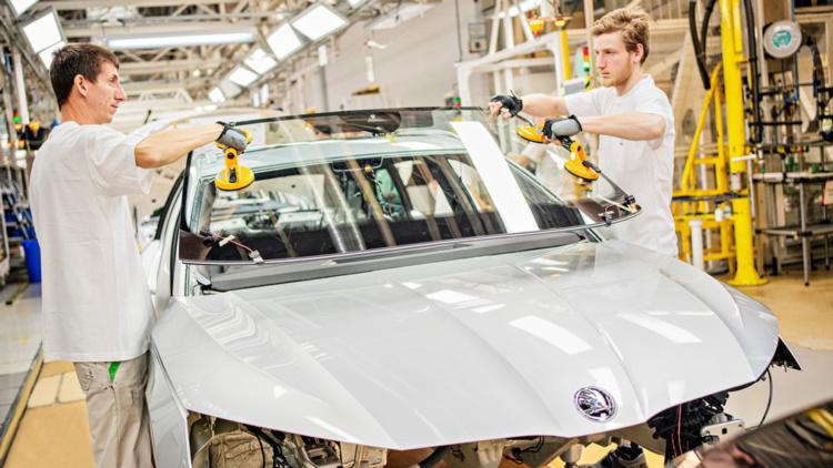 Стартовало производство новой Skoda Octavia 1