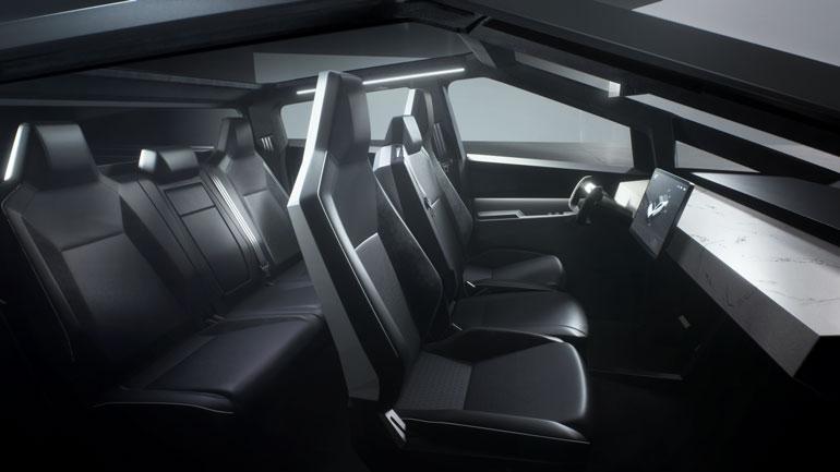 Пикап Tesla Cybertruck впервые замечен на дороге 2