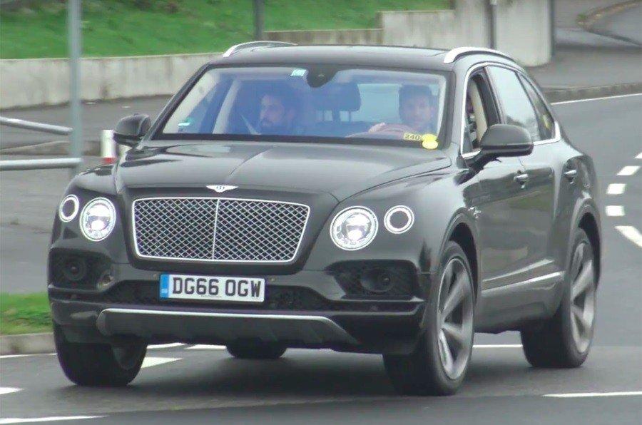 Bentley вывела на тесты кроссовер Bentayga 1