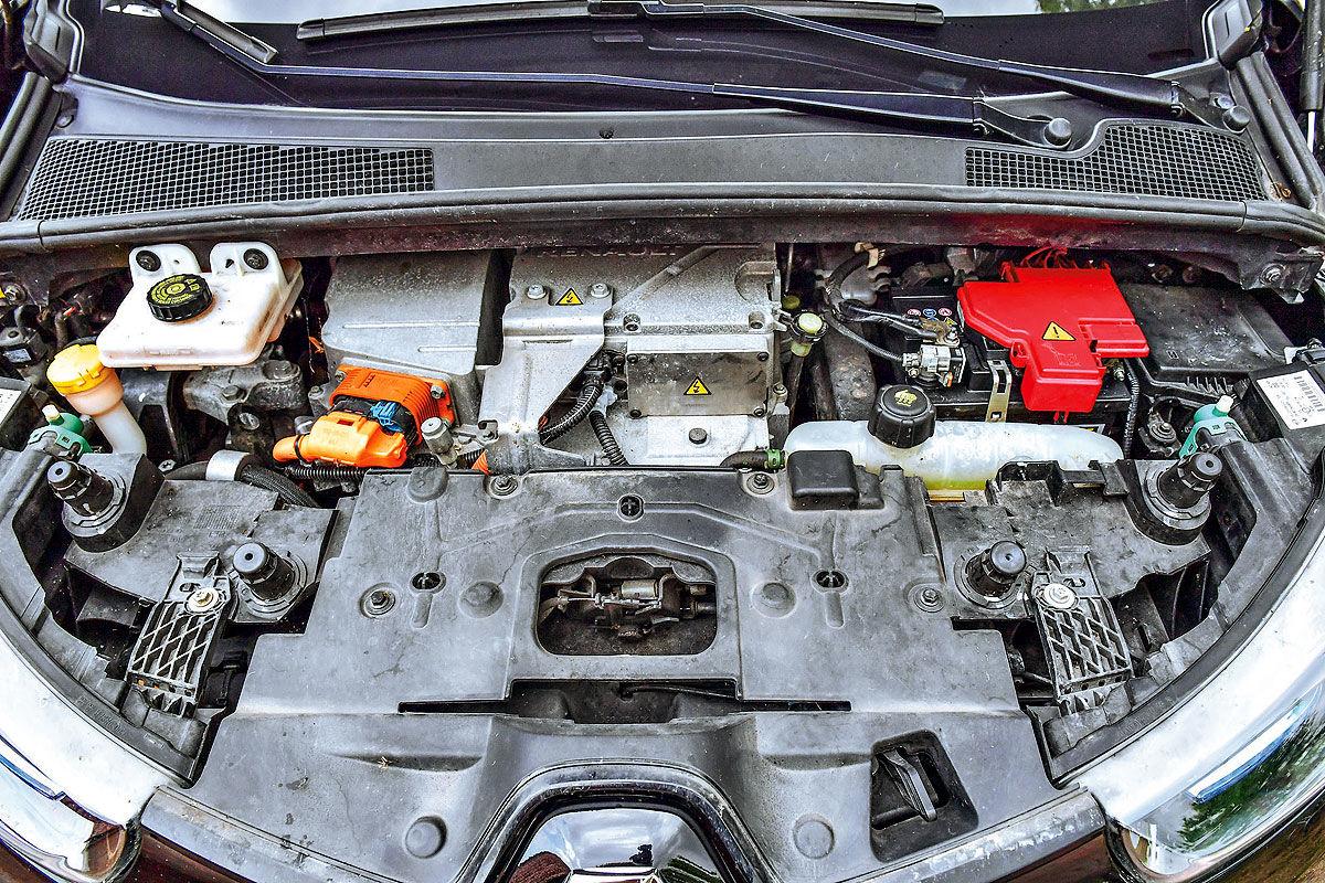 Как ведет себя электрокар Renault Zoe с пробегом 200 тысяч километров 3