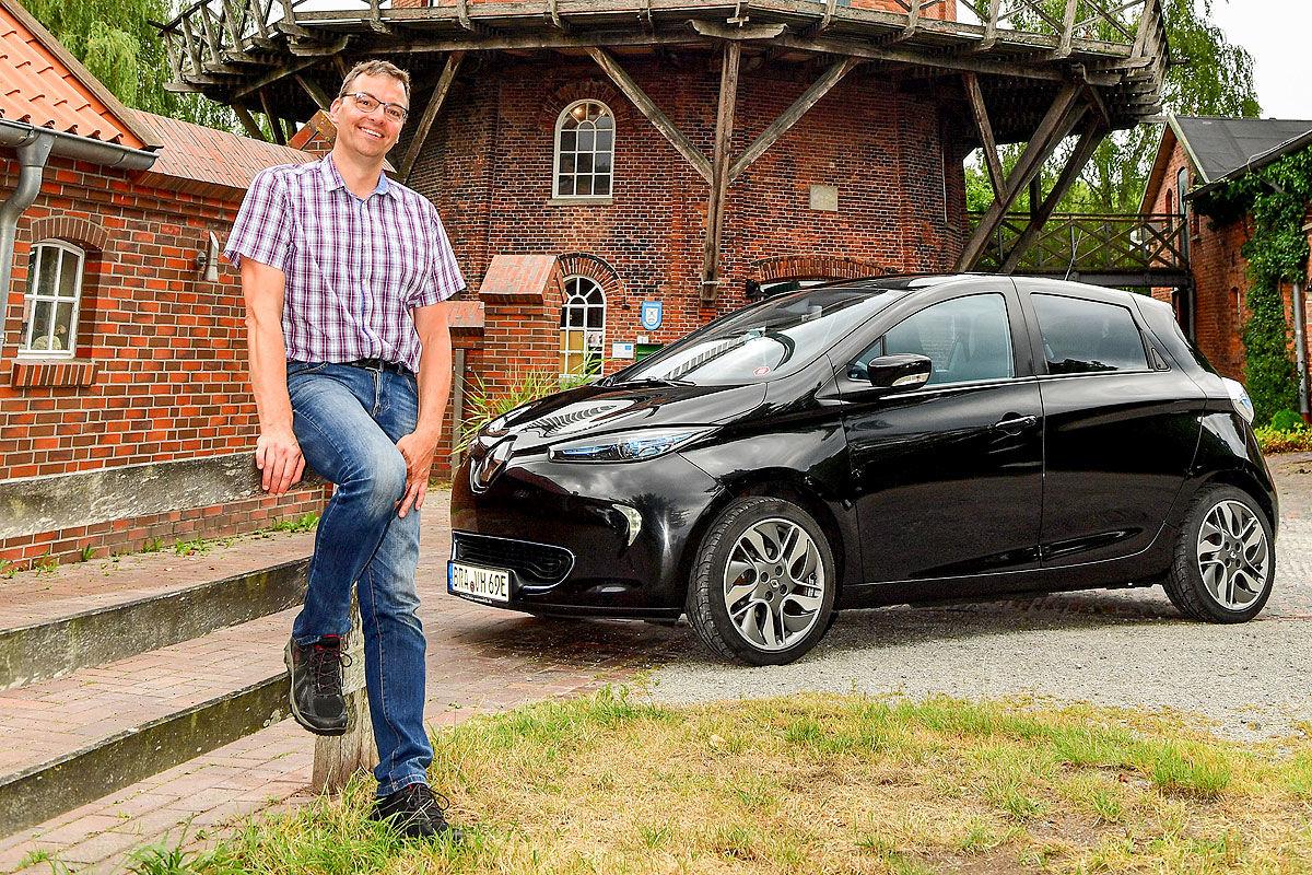 Как ведет себя электрокар Renault Zoe с пробегом 200 тысяч километров 1