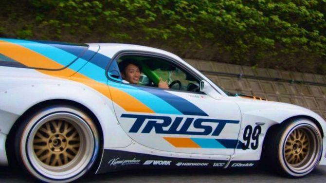 Неожиданно: спорткар Mazda RX-7 стал универсалом 2