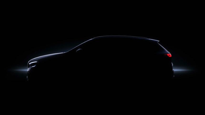 Mercedes выложил в Сеть тизер нового GLA 1