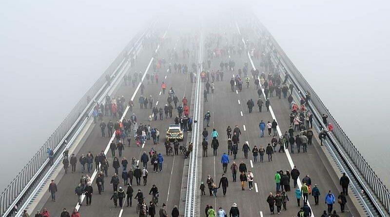 В Германии открыли самый высокий автомобильный мост в Европе 2