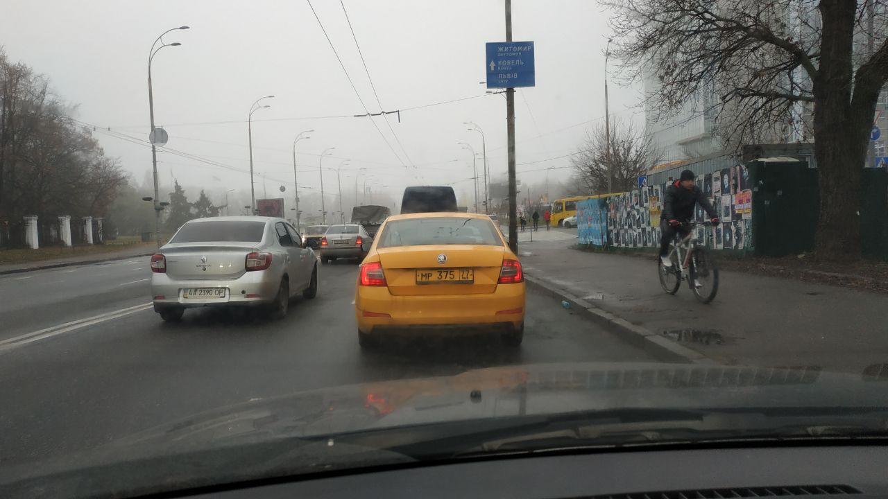 В Киеве замечено «Яндекс такси» на российских номерах 1