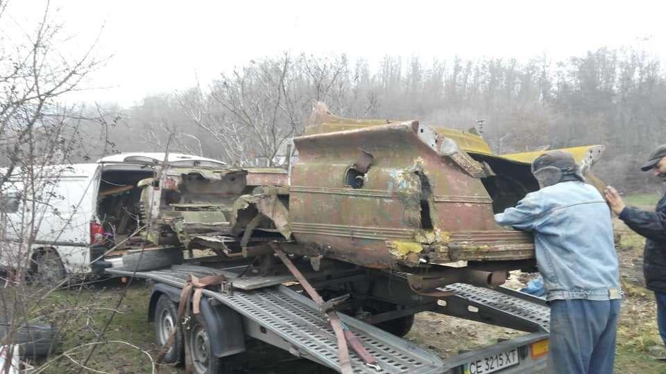 Найден фрагмент уникального украинского микроавтобуса «Старт» 2