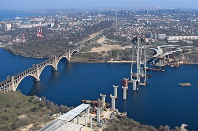 Премьер-министр пообещал украинцам европейские дороги в короткие сроки 1
