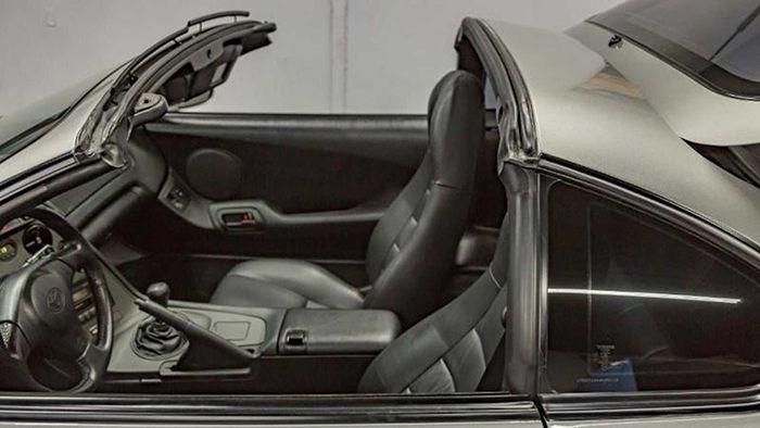 Новую Toyota Supra 1998 года выставили на продажу 2