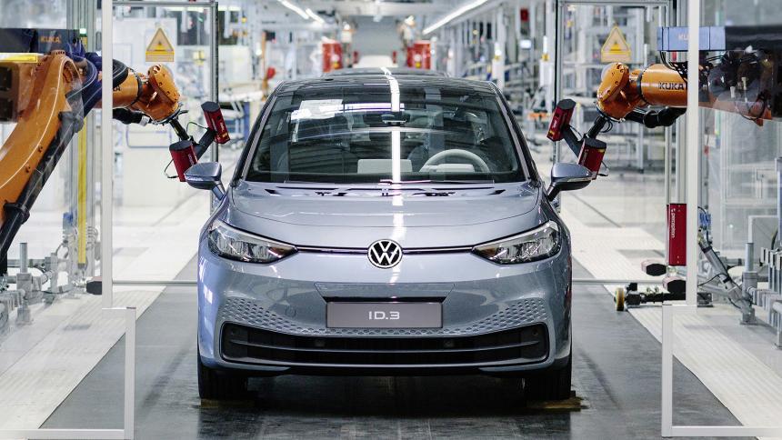 Глава Volkswagen: выпускать ID.3 оказалось гораздо дешевле, чем Golf 1