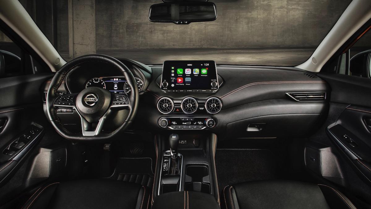Новый Nissan Sentra: другая платформа и агрессивный дизайн 3
