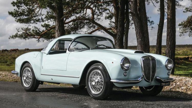 Старую Lancia оценили как новый суперкар 1