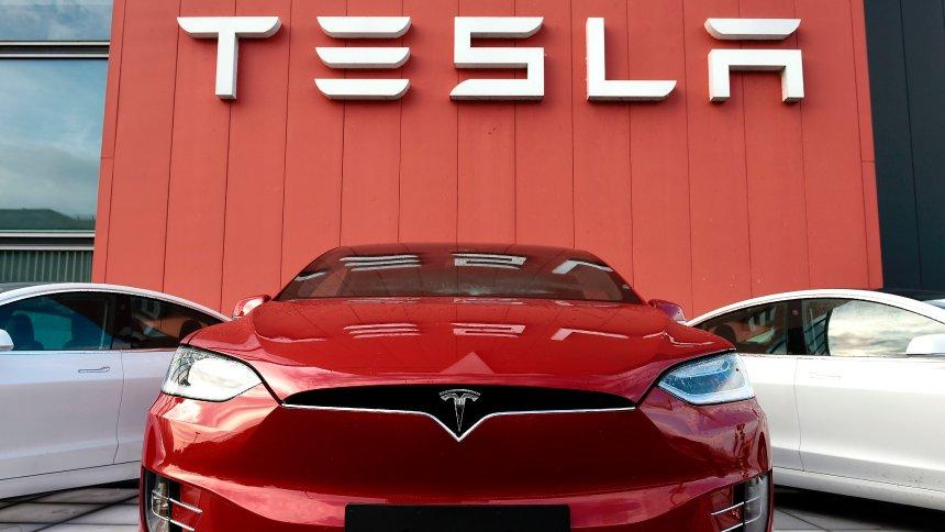 Tesla вошла в ТОП-3 автопроизводителей мира 1