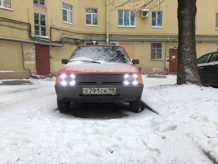 ЗАЗ «Таврия» получила светотехнику как у Porsche Panamera — в разделе «Звук и тюнинг» на сайте AvtoBlog.ua