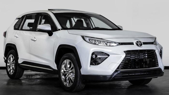 Toyota строит новый кроссовер на базе RAV4 1