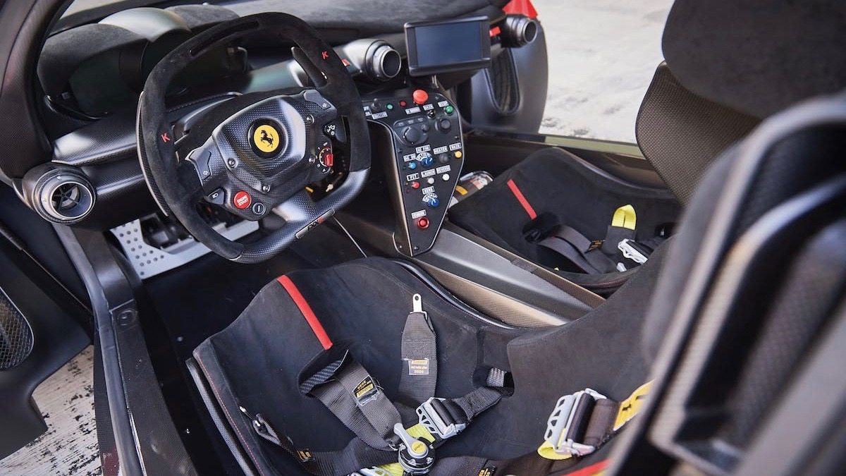 Гоночный Ferrari, который никогда не участвовал в гонках, выставили на торги 3