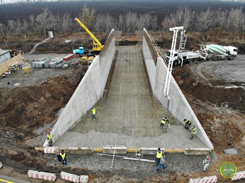 В Сети показали фото с масштабного строительства развязки на трассе Киев – Харьков 2