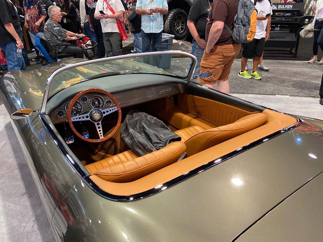 Самый красивый в мире автомобиль превратился в безумный хот-род 3