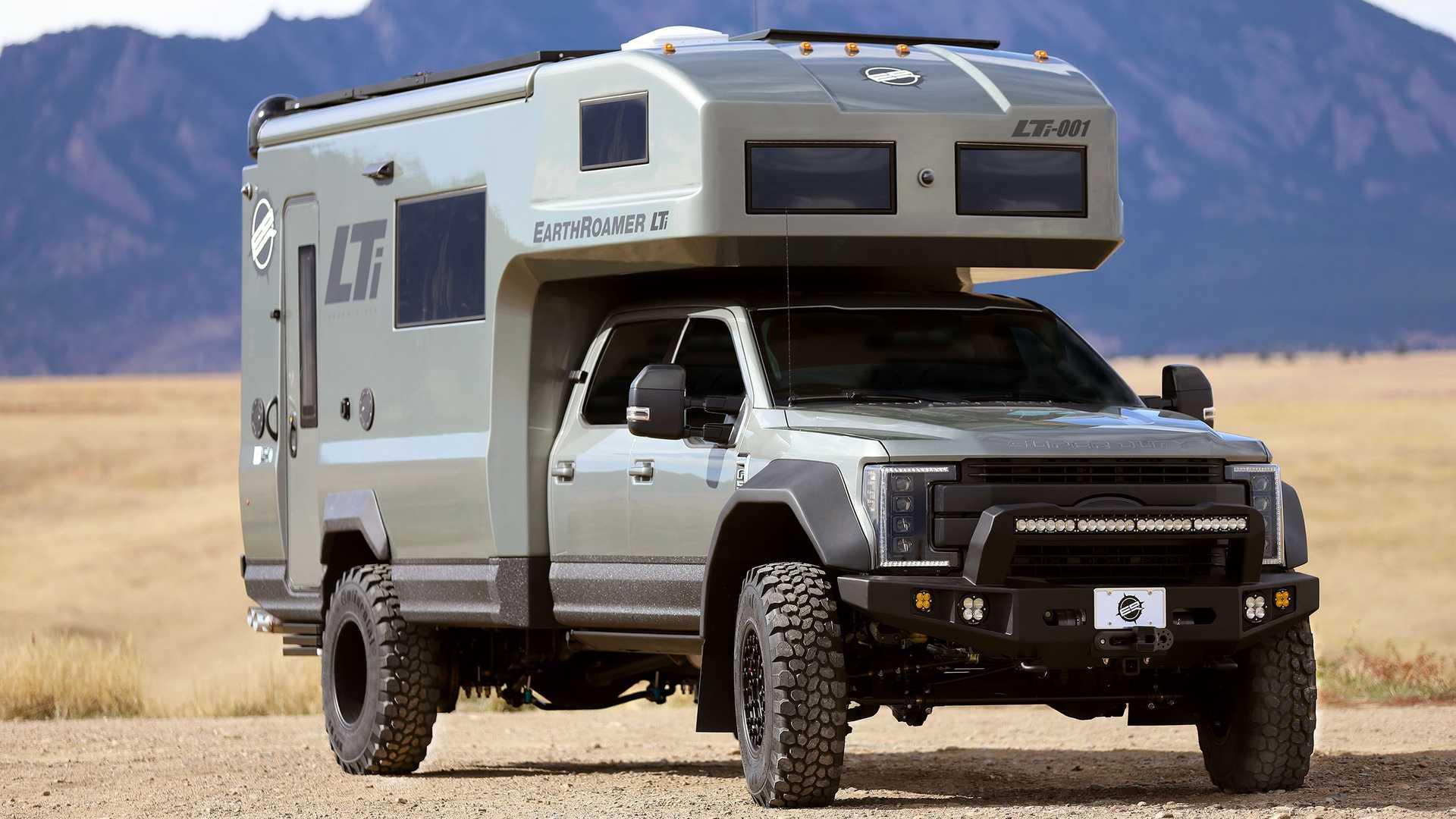 Пикап Ford превратили в карбоновый дом на колесах за 700 тысяч долларов 1