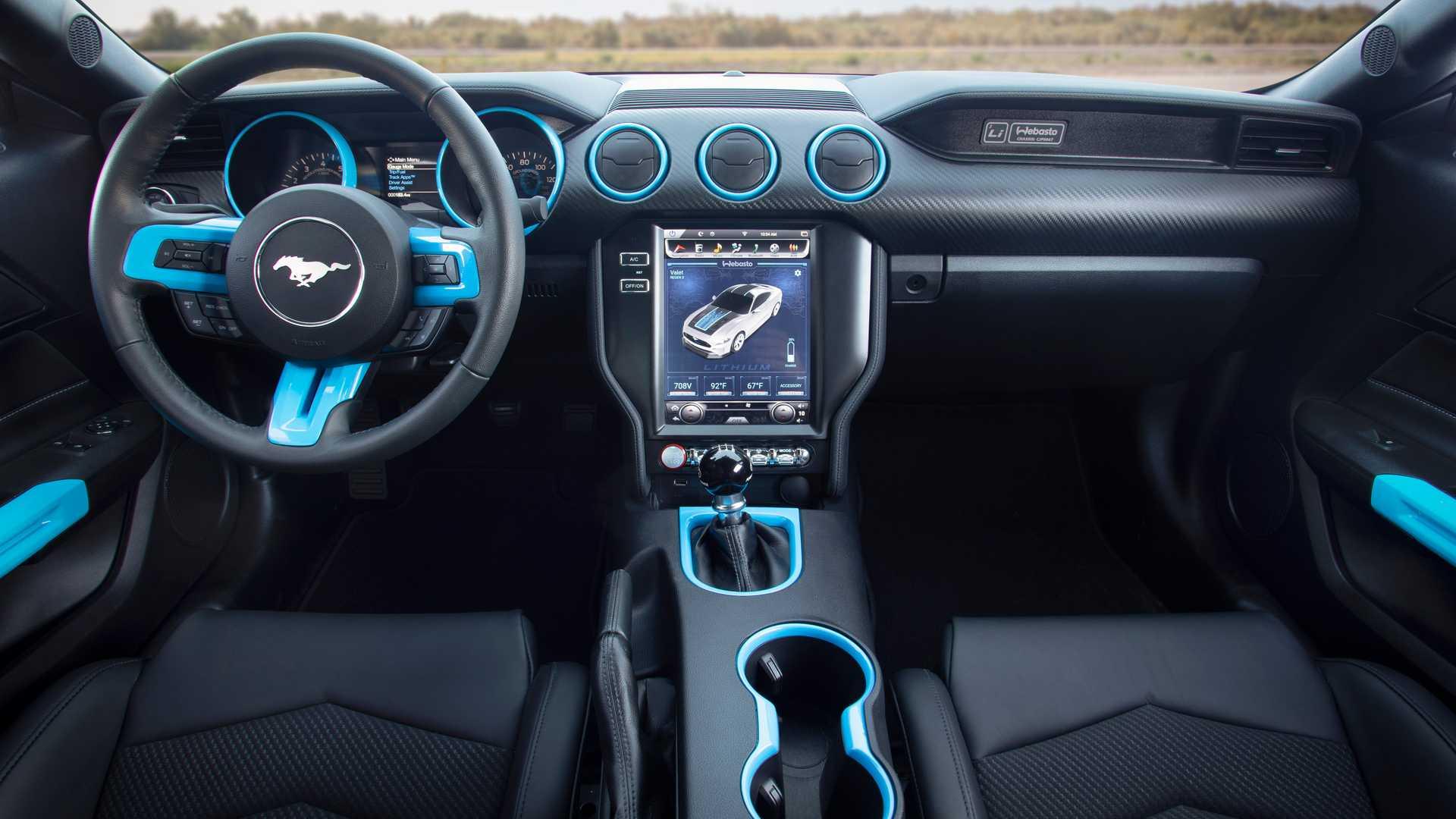 Ford Mustang превратили в 900-сильный электромобиль с «механикой» 3
