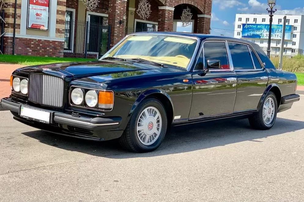 Bentley в отличном состоянии продают за «гроши» 1