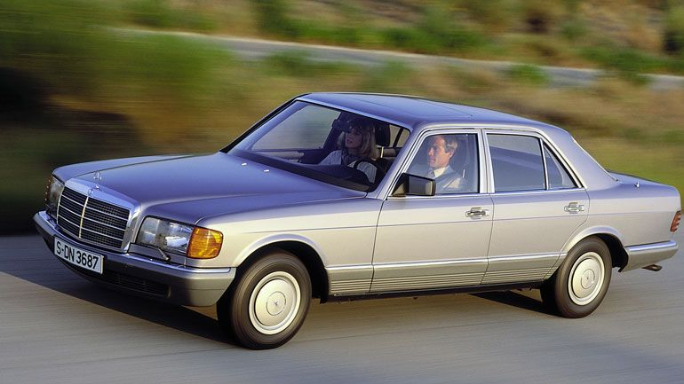 33-летний Mercedes-Benz S-Class почти без пробега выставили на продажу 1