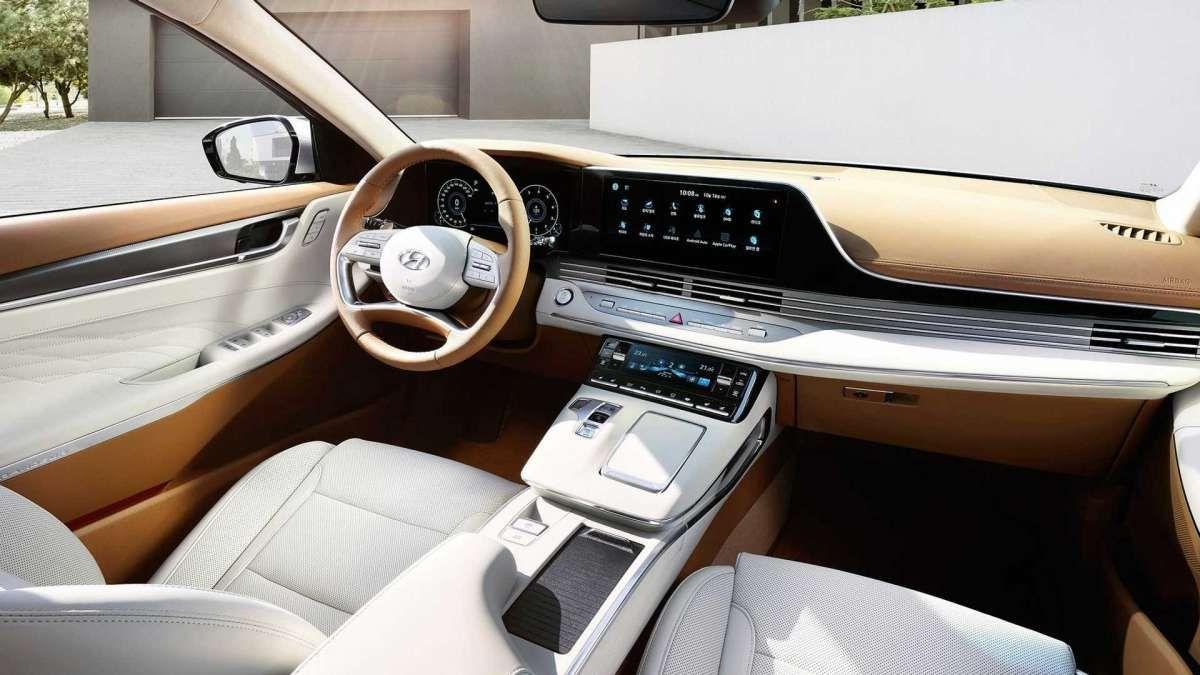Hyundai презентовал крутую «четырехдверку» на газу 2
