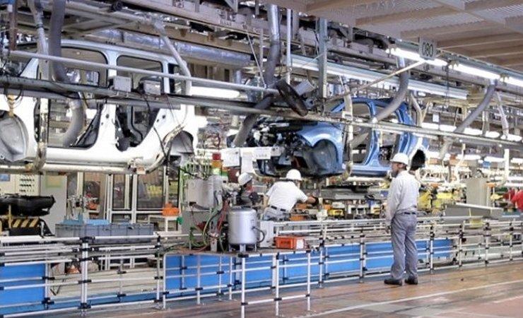 Замученный экономическим кризисом Nissan все же построит новый завод 1