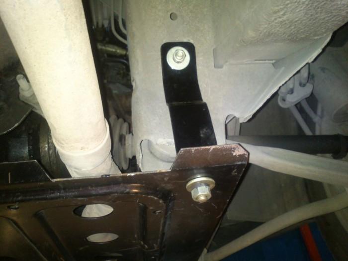 Какую опасность таит защита картера двигателя 1
