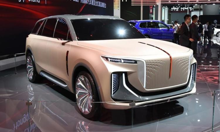 Китайская компания построила свой Rolls-Royce Cullinan 1
