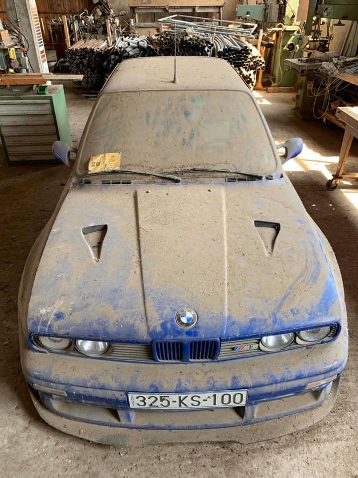 На свалке обнаружили никому не нужные BMW 2