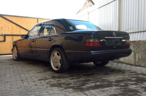 Как выглядит «124-й» Mercedes за 35 копеек 1