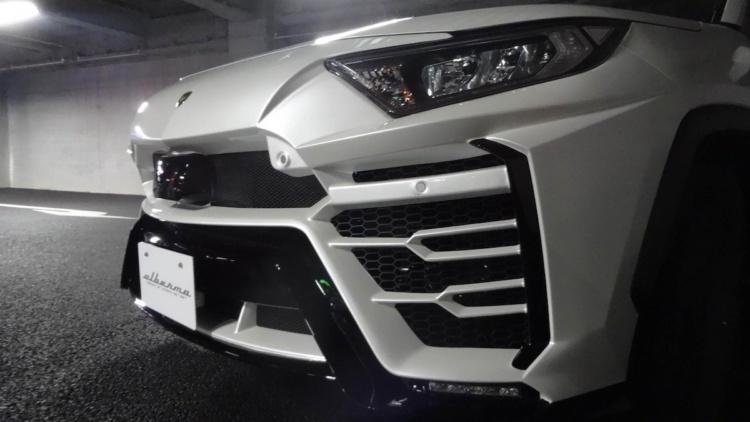 Toyota RAV4 превратили в Lamborghini Urus 2