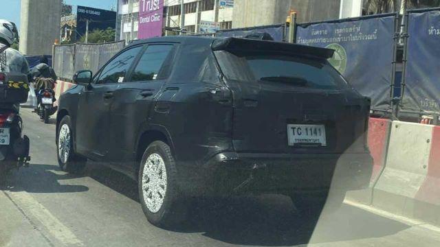 Toyota готовит кроссовер на базе Corolla 1