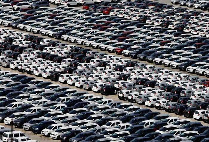 На индийском авторынке за месяц не продали ни одного автомобиля 1