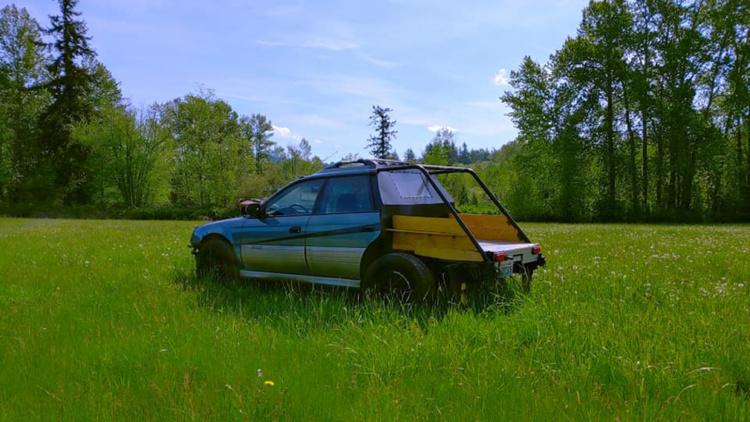 Из универсала Subaru Outback сделали странный пикап 1