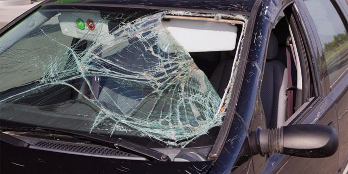 Мужчина, закрытый на парковке, разбил восемь автомобилей 1
